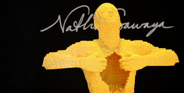 Nathan Sawaya | The Art of the Brick