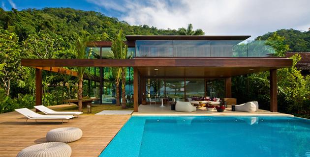 The Laranjeiras House