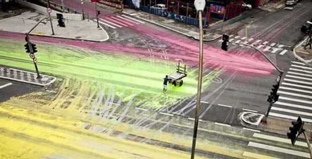 Painting the streets in São Paulo