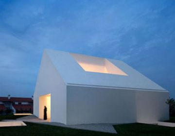 Windowless house | Aires Mateus