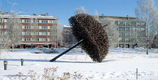 Nature Art Installations by Jaakko Pernu