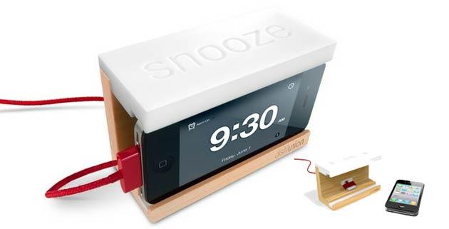 Snooze | The iPhone Alarm Dock