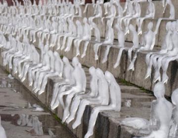 The Minimum Monument project by Nèle Azevedo