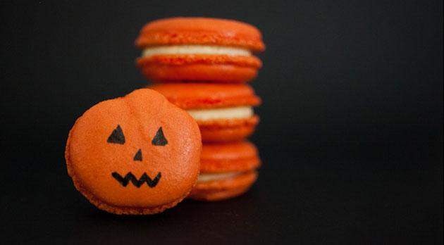 Halloween Macarons