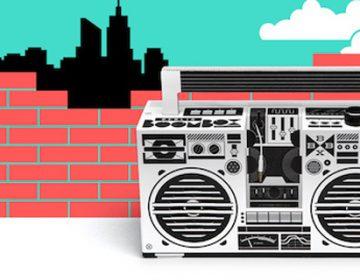 Mobile speaker inspired by ghettoblasters