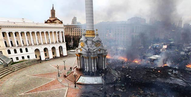 Before And After Kiev's Independence Square