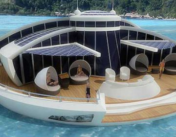 LIVE IN A FLOATING VACATION HOME