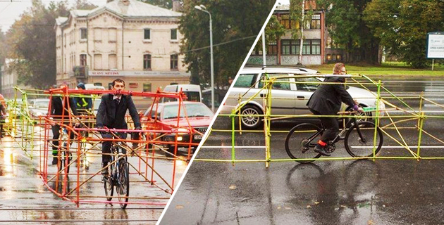 Cyclists demonstrate how bikes fight congestion