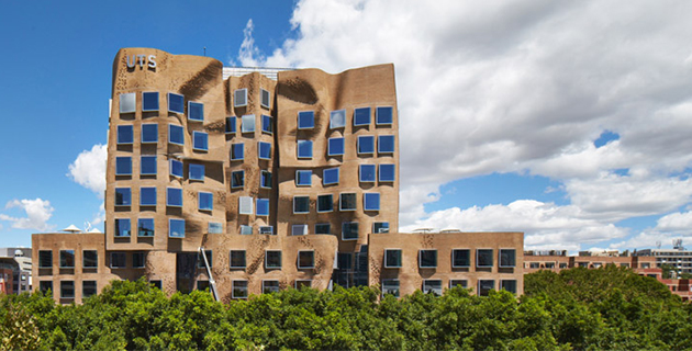 Paper Bag Business School | Frank Gehry