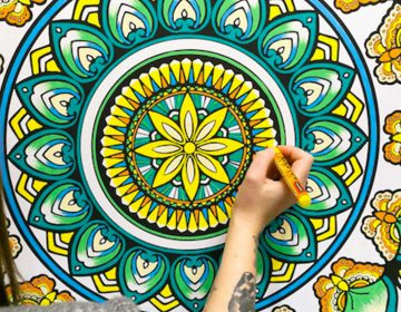 Giant Colouring In | Fancy Features