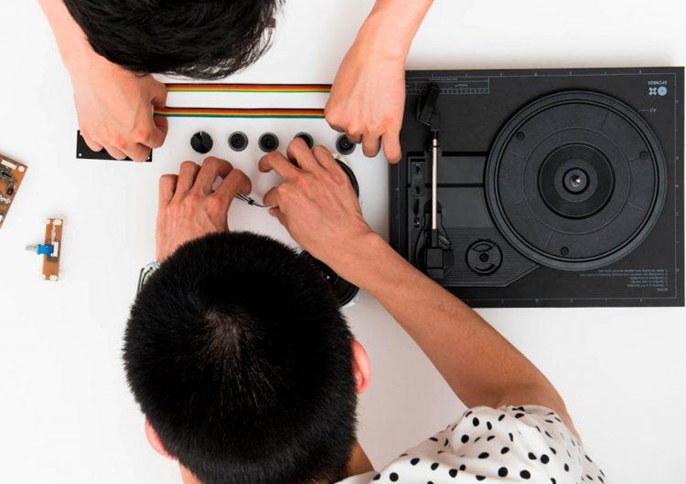 Spinbox portable DIY turntable