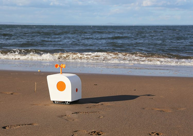 Poet on the Shore   robot with poetic sensibility