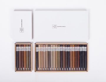 Crayons made of ground and wax by ErdeWachsStift