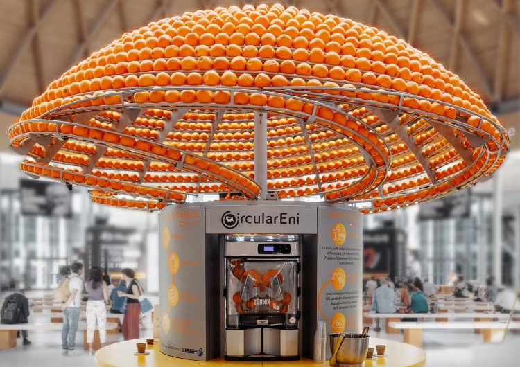 Circular Juice Bar Turns Leftover Orange Peel Into Bioplastic Cups