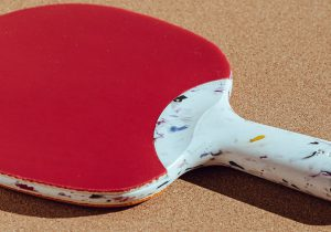 Préssec makes a ping pong paddle from terrazzo-like recycled plastic